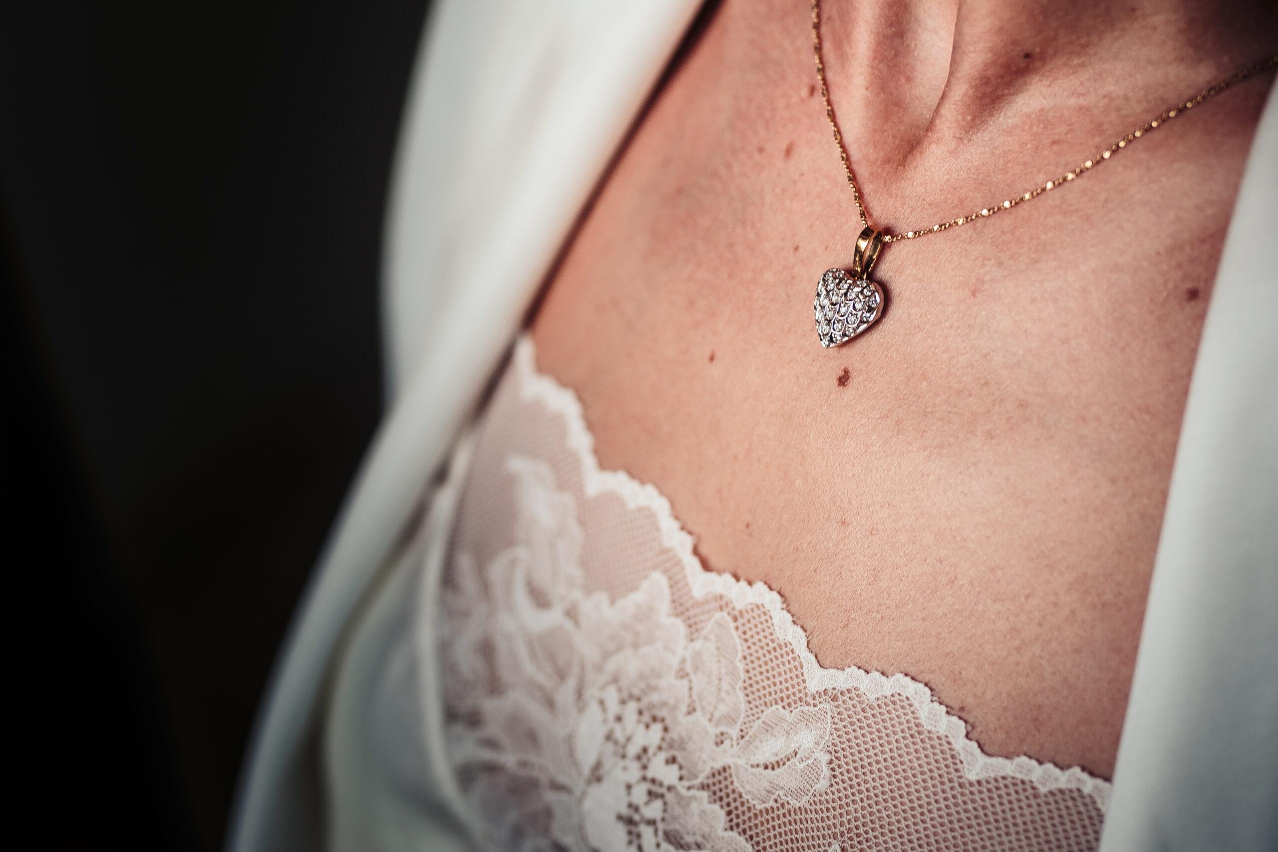dettagli gioielli intimo preparativi sposa